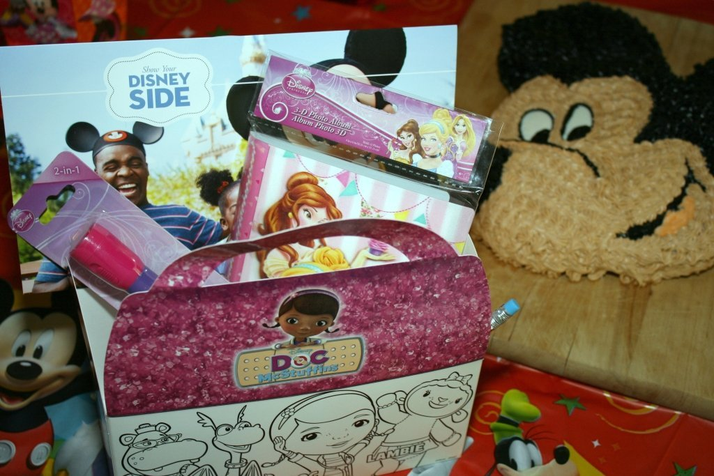 Disney party gift