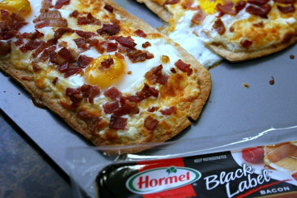 Breakfast Pizza Bacon