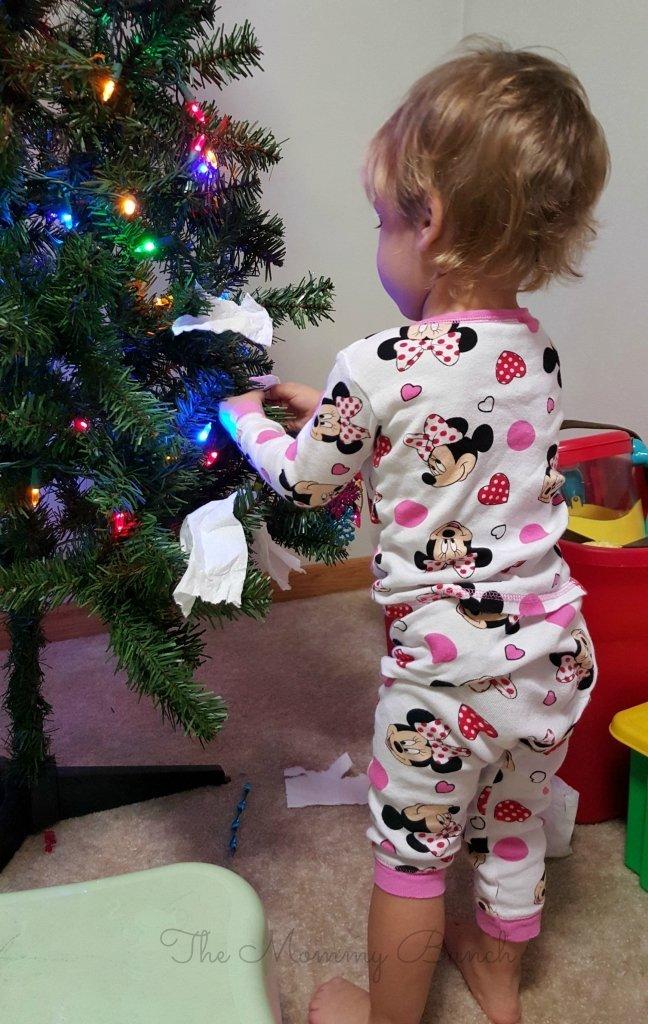 charmin tree decorating