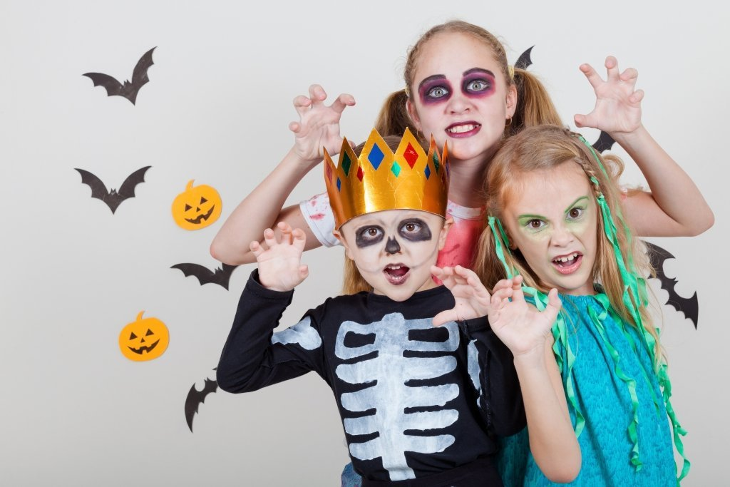 Keep Track of Your Little Ghouls with These Halloween Safety Tips