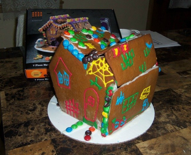 gingerbread house kids