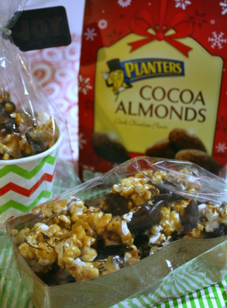 cocoa almond moose munch gift