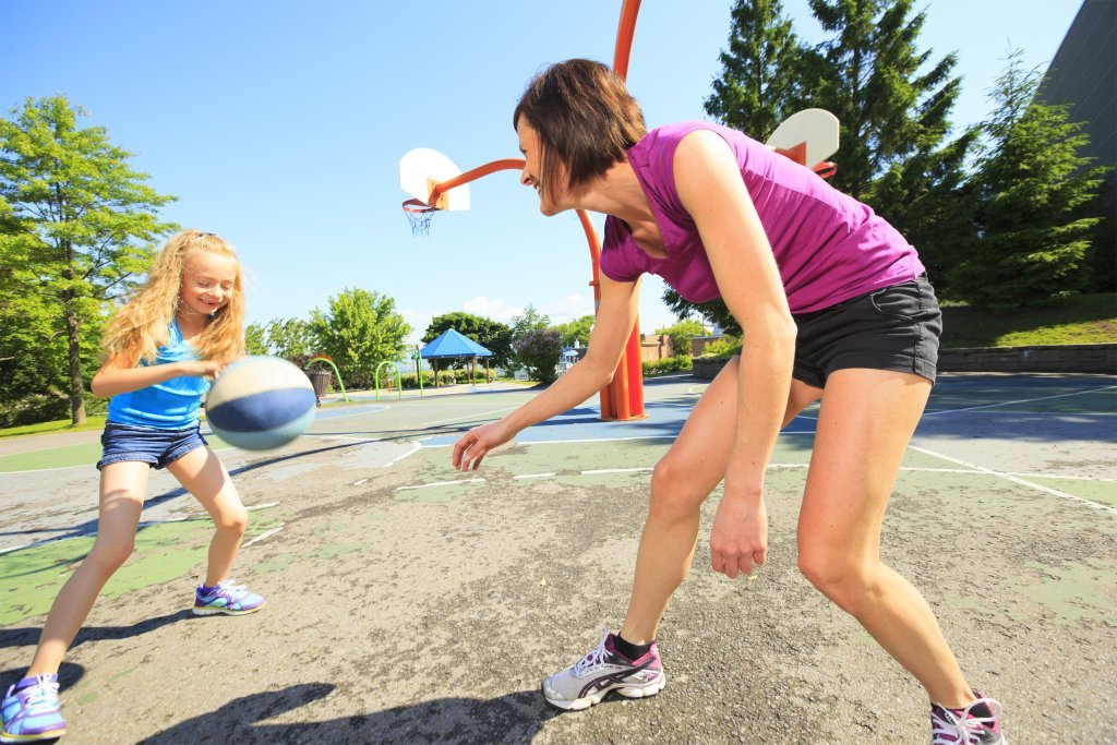 Six Healthy Living Tips for Busy Families