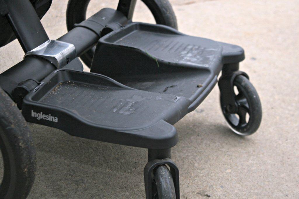 inglesina kickboard attached to stroller