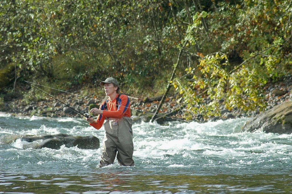 outdoor adventures on the clackamas river in oregon the