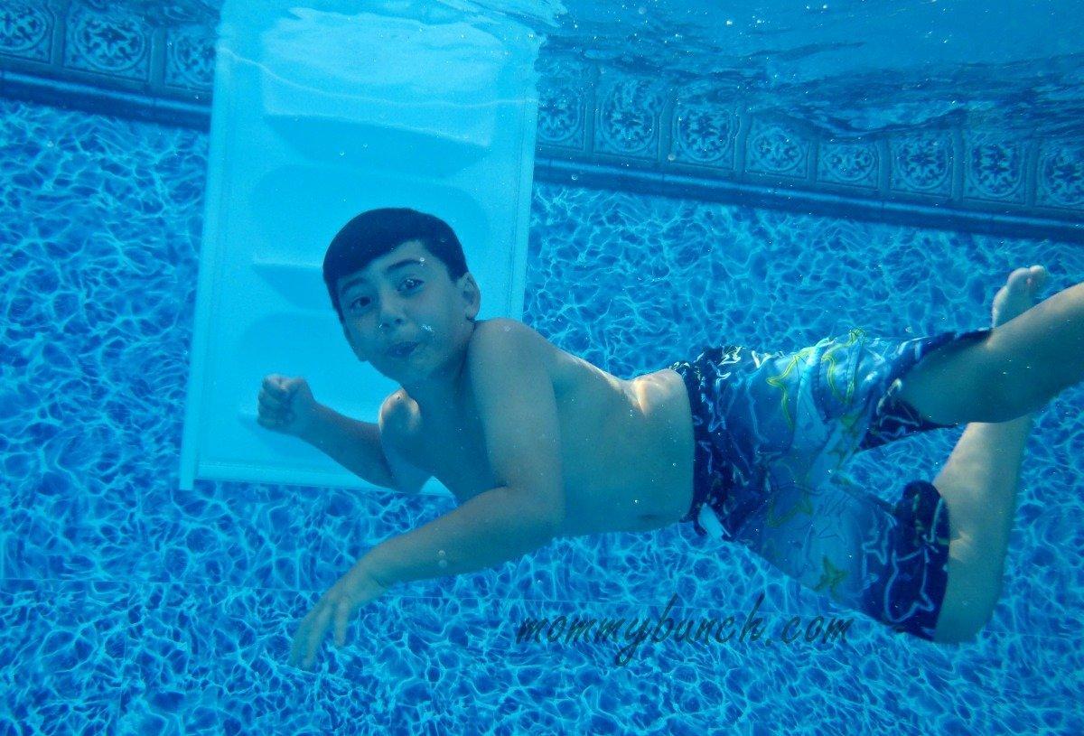 Swimming under water