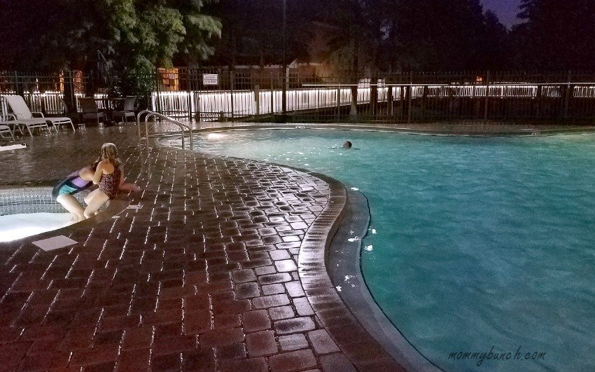 best-western-saratoga-resort-pool