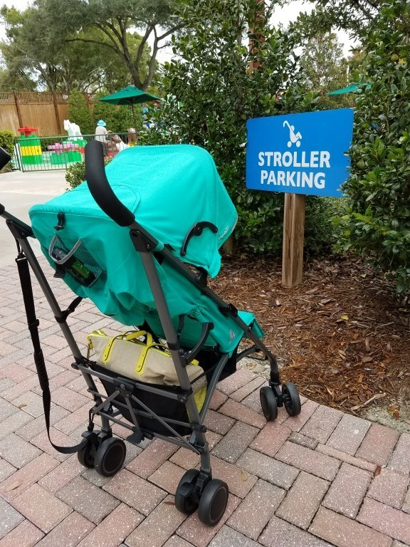 joovy-stroller-parking