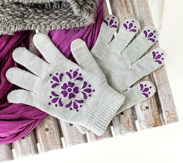 cricut-iron-on-pattern-gloves