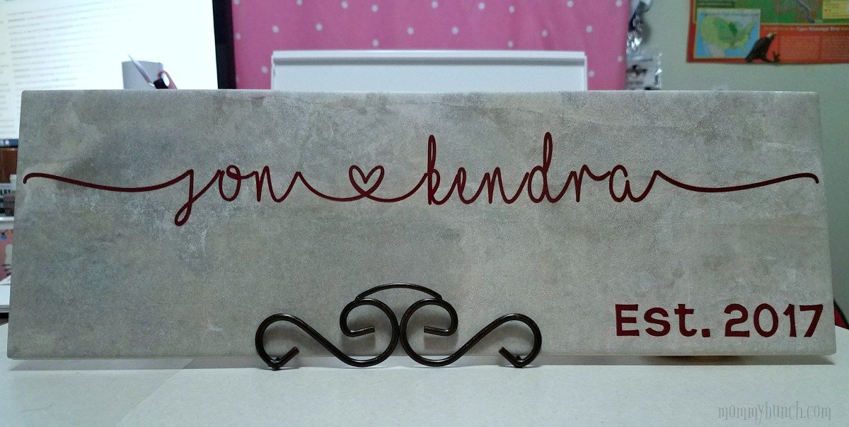 Cricut Tutorial For Beginners – Easy Vinyl Letter Wedding Tile