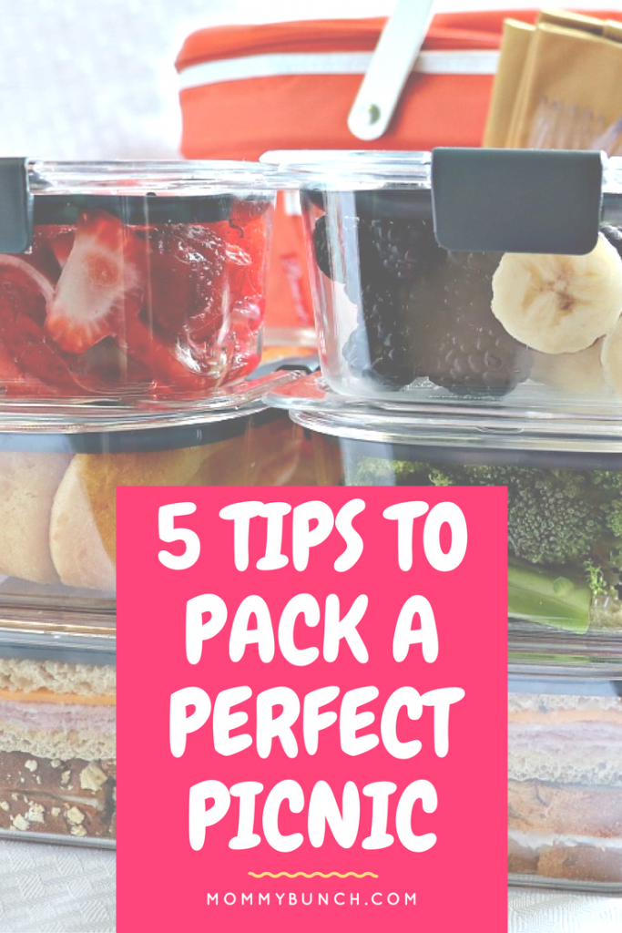 Picnic packing tips. Keep your food dry, separated, and ready to eat!