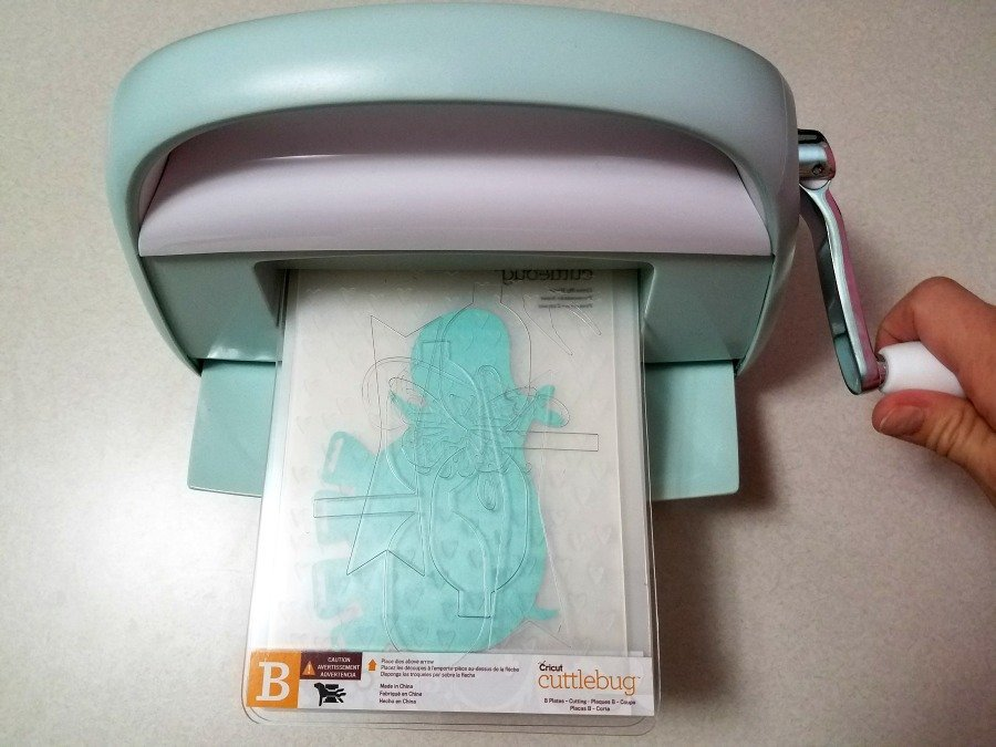 What can you do with the Cricut Cuttlebug