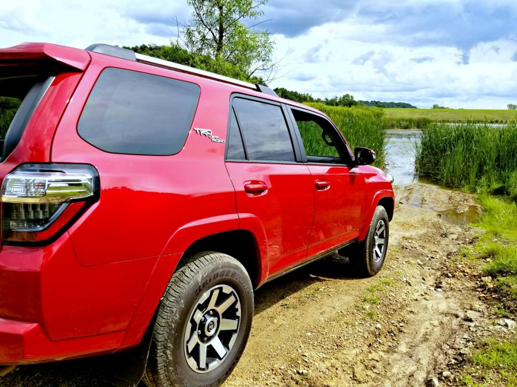 going off road with the 2017 toyota 4runner trd off road. Black Bedroom Furniture Sets. Home Design Ideas
