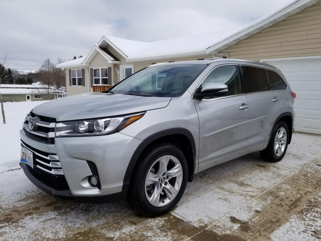 Toyota Highlander – Great For Families and For Fun!