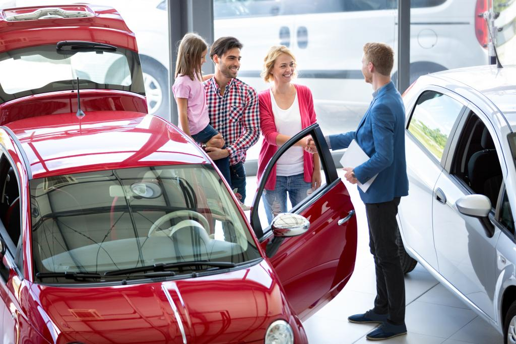Why You Should Car Shop With Your Kids