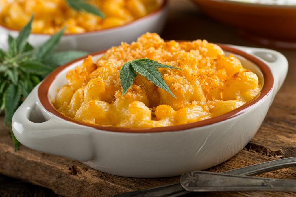Easy Pressure Cooker Mac and Cheese