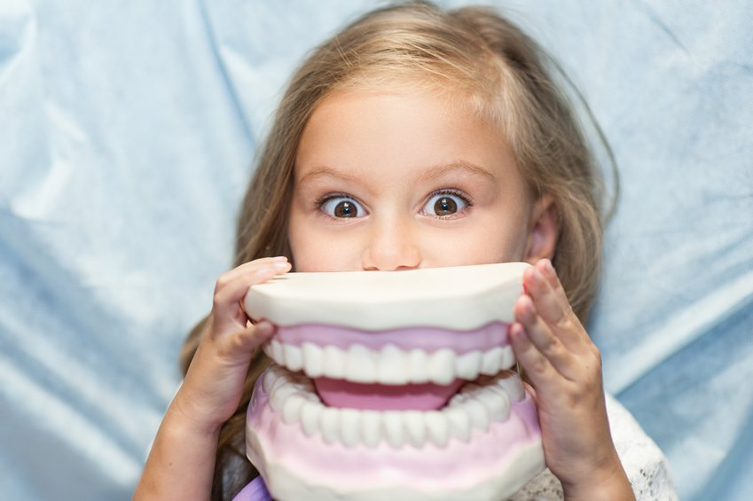 3 Key Habits to Help Your Kids Keep Their Teeth Healthy