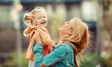 How to Create a Healthy Work-Life Balance As a Busy Mother