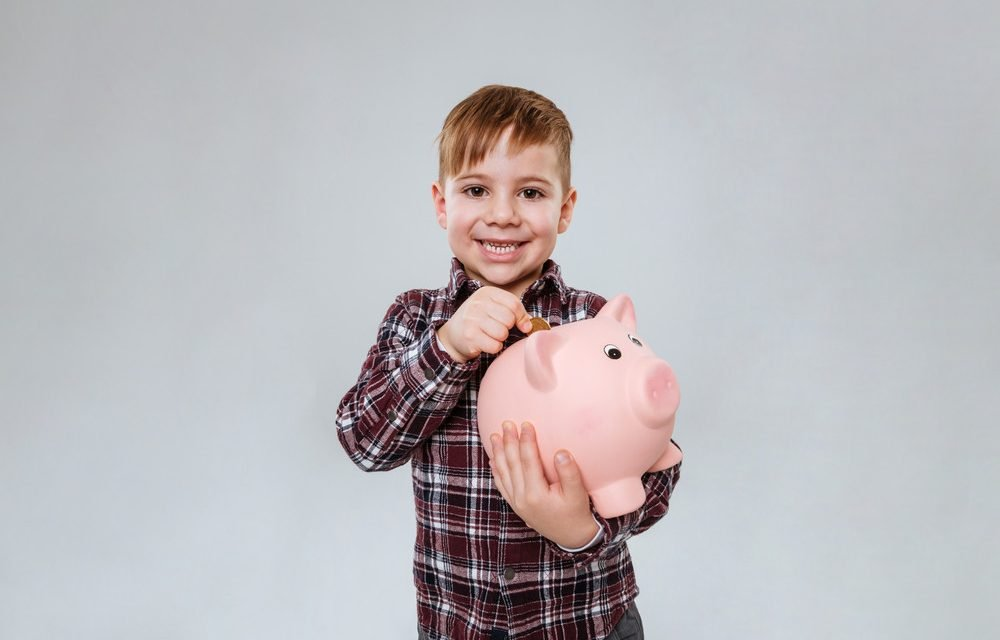 Why You Should Start Teaching Your Kids About Money Now